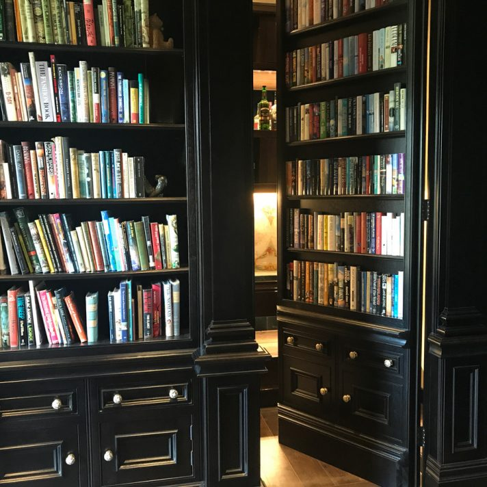 Décor Books – The Best Online Store for Ordering Books by The Foot