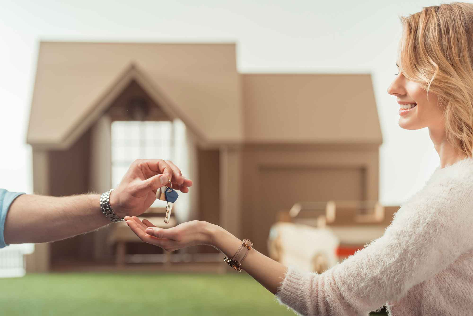 Questions to Ask a Real Estate Agent When Buying-Selling a Property