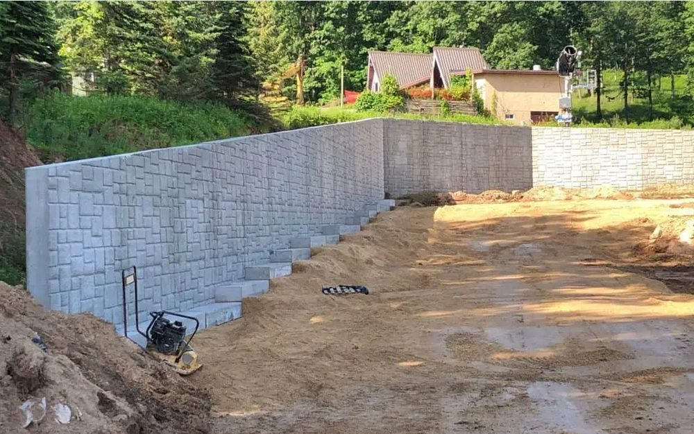 Process Of Repairing A Retaining Wall